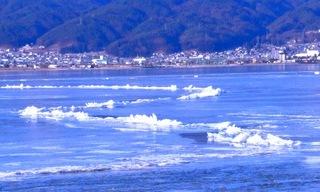 43冬の季語・地理・御神渡(おみわたり)(ウェブ).jpg